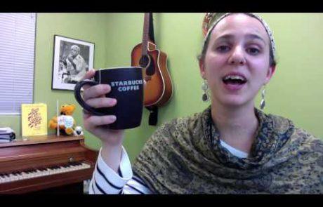 קידוש שוויוני ו-'שלום עליכם' בנוסח אשכנזי-אמריקאי (עברית ואנגלית)