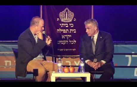 """חגיגת חוה""""מ סוכות בבית תפילה ישראלי"""
